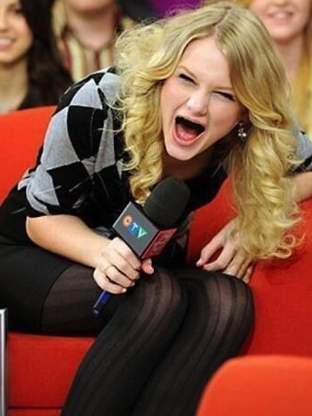 Taylor Swift Without Teeth
